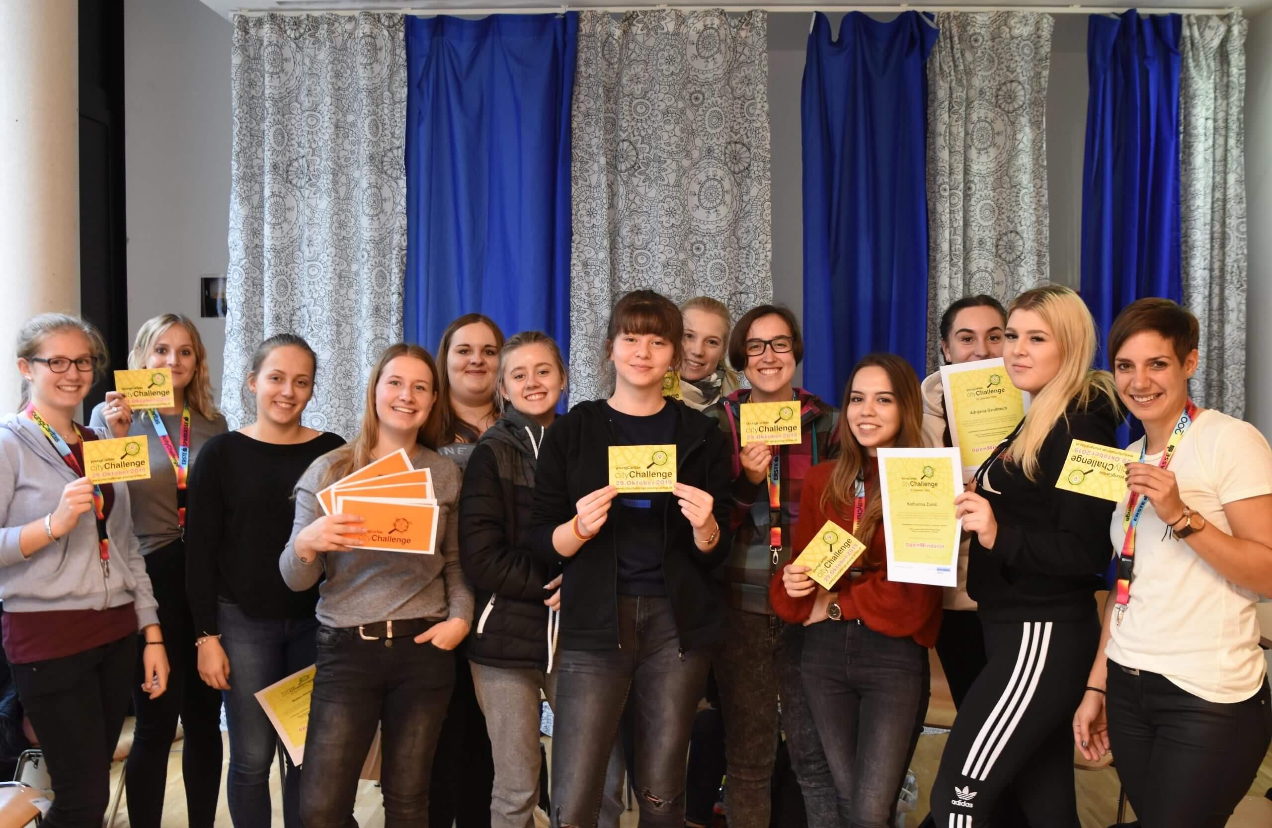 Gruppenfoto der Absolvent*innen der cityChallenge